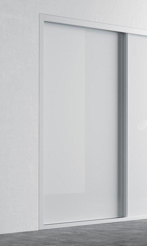 Detail of the sliding door in colour Blanco Brillo