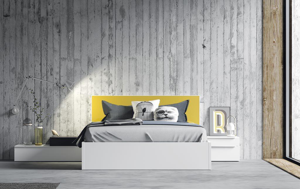 Dormitorio de adulto con el cabecero color mostaza