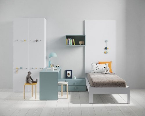 Kids room with our BOLD bed, a simple and functional distribution of space